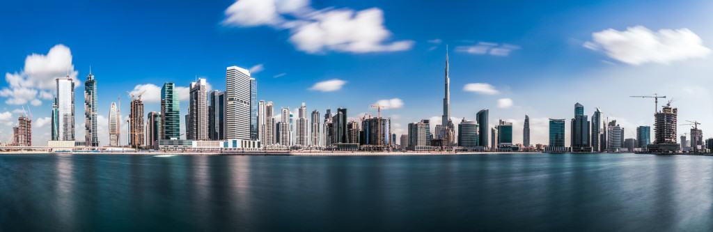 Change the world model un Emirates 2